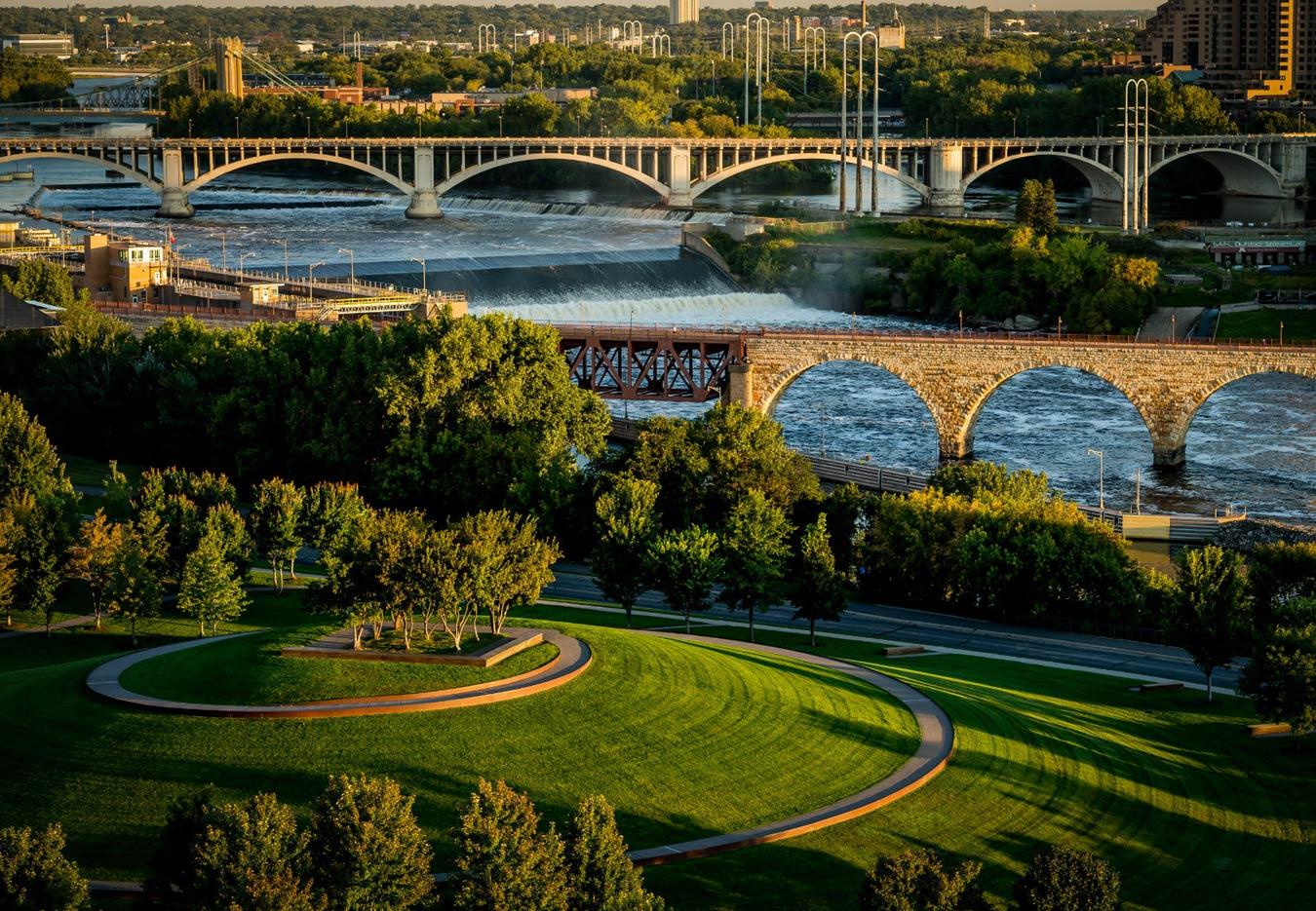 The Legacy Minneapolis - Neighborhood