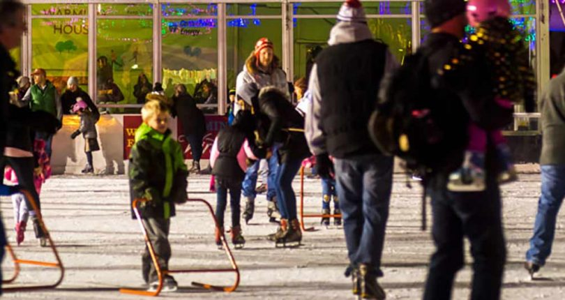SKATE AT HOLIDAZZEL
